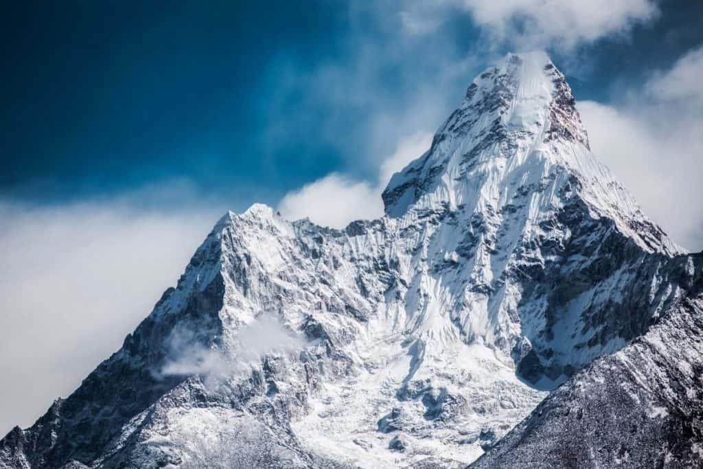 Natural World Mountains